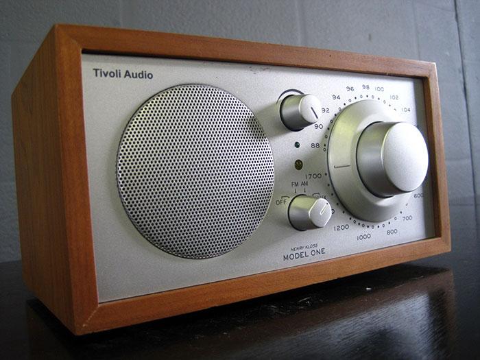 AV-RADIO-08-3