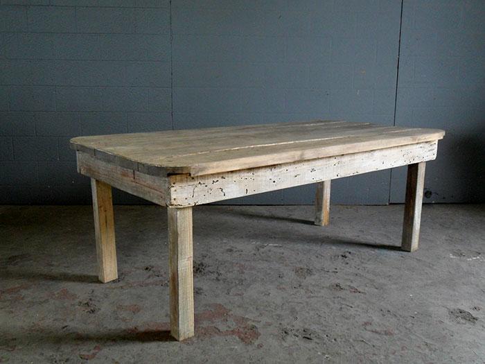 Distressed Wooden Outdoor Table Artappelartappel