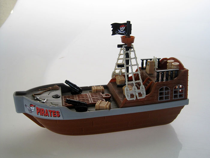TOY-BOAT-01-5