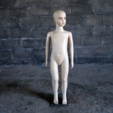 MANNEQUIN 04 01 (Small)