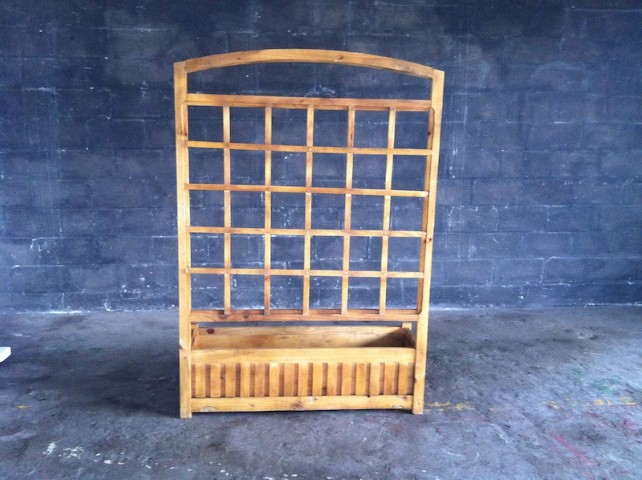 Large Wooden Planter With Trellis Artappelartappel